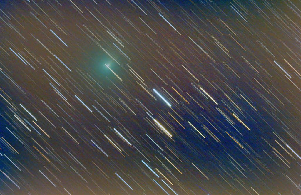 Comètes - Page 19 41ptut11