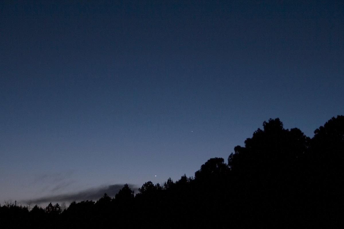 Une belle nuit allonaise pour les membres d'AG33 !  Vynus_12