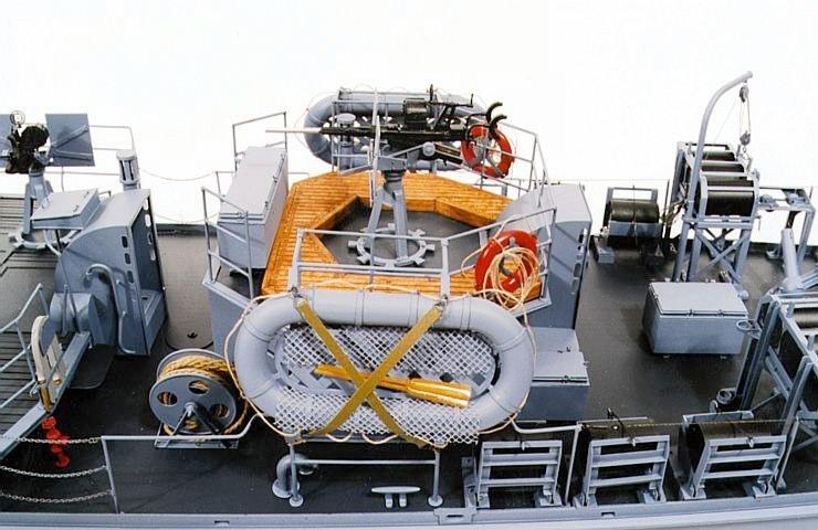 Chasseur de sous-marins CH123 au 1/50 selon plans AAMM S-subc10