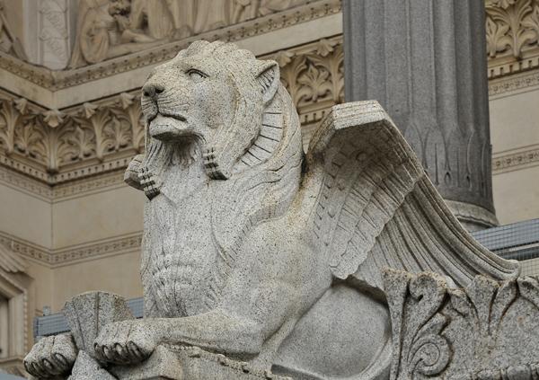 Mon Lyon Lion10