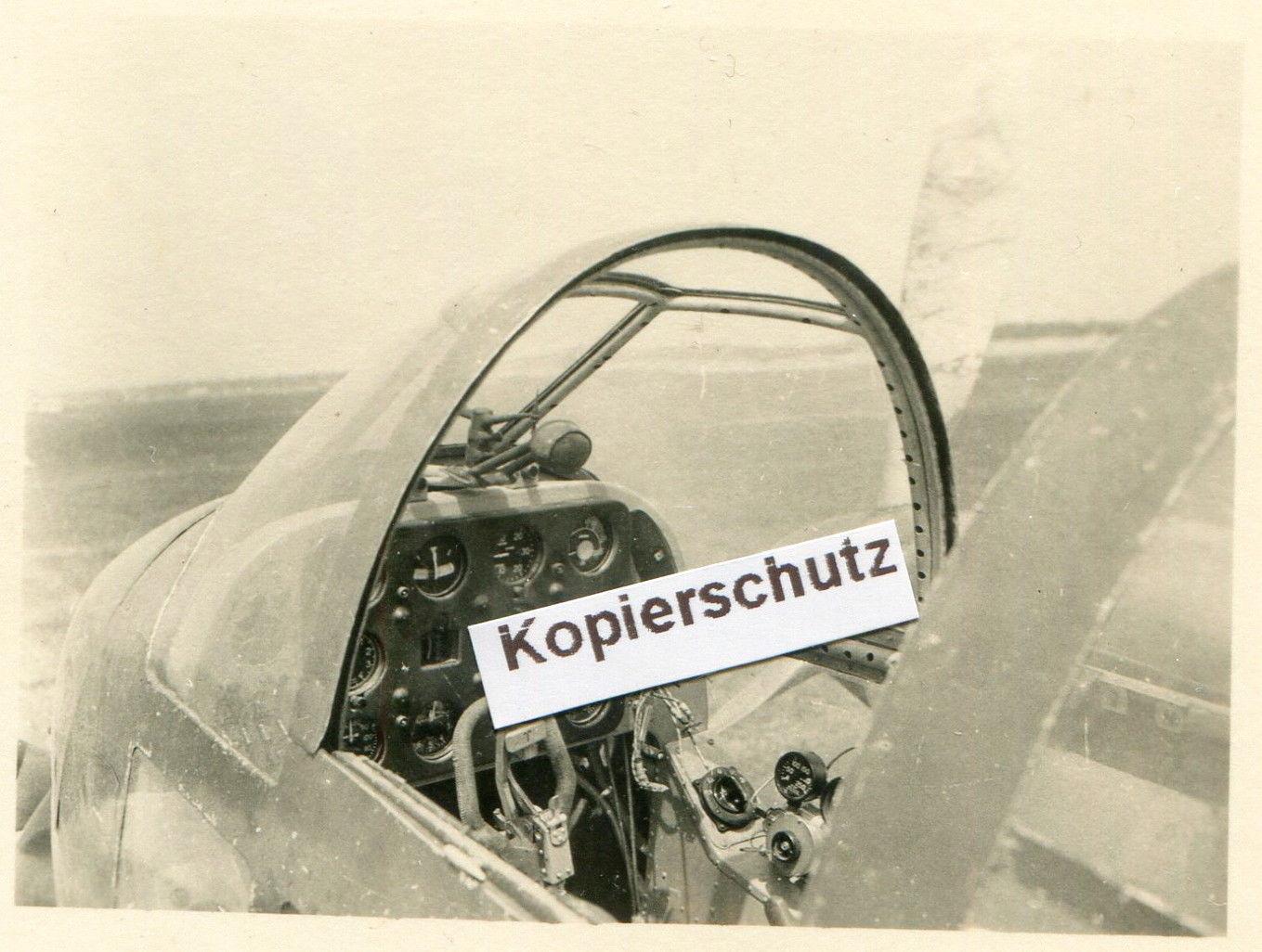 Which cockpit. Yak-2_10