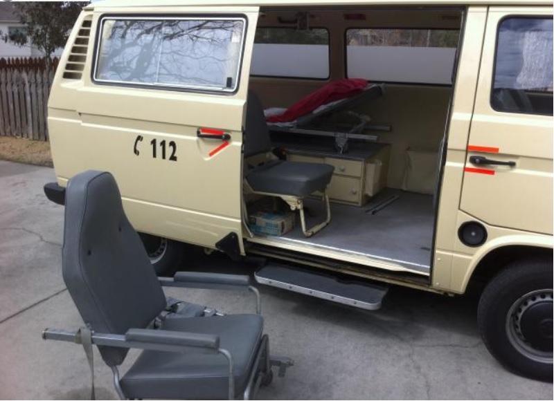 Transporter type 3 Ambulance Ambula10