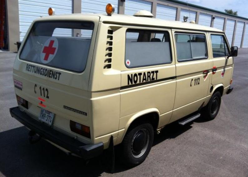Transporter type 3 Ambulance Ambula11