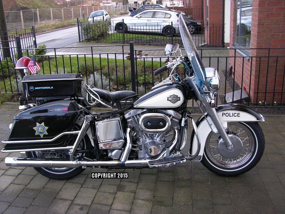 California Highway Patrol Harley 1/6 Motorb10