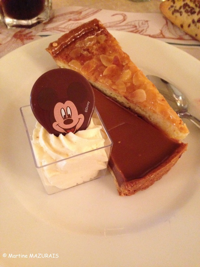 Disneyland Paris - Plaza Gardens Disney23