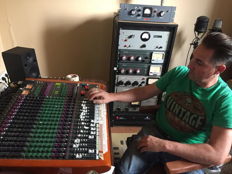 Electrophonic Recordings Studio - Page 4 22528110