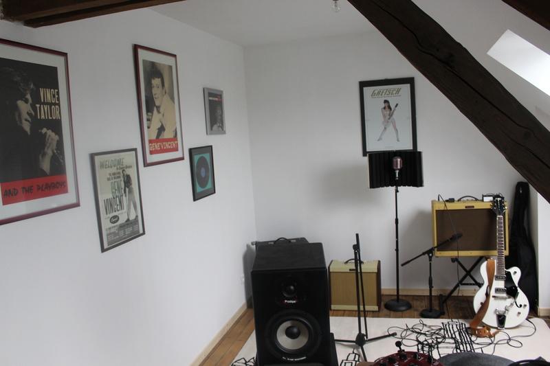 mon nouveau home studio.  Img_4310