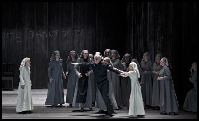 Theatre Royal de la Monnaie,  Bruxelles - Page 3 Dialog11