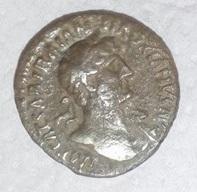 Denario de Adriano. P M TR P COS III. Concordia Adrian12
