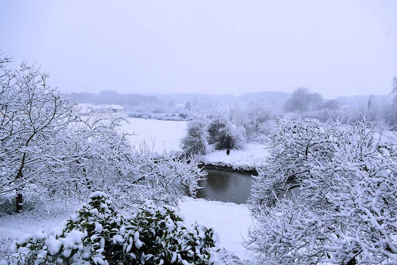 Vallée de l'Eure sous la neige P1000811