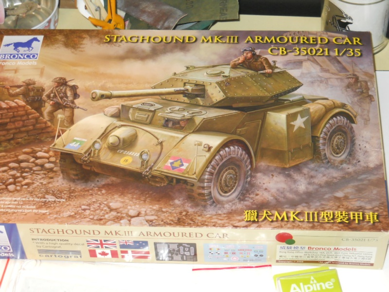 1/35 Staghound Mk III -Bronco Stag0110