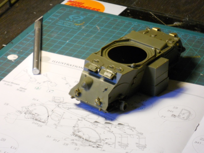 1/35 Staghound Mk III -Bronco Stag0910