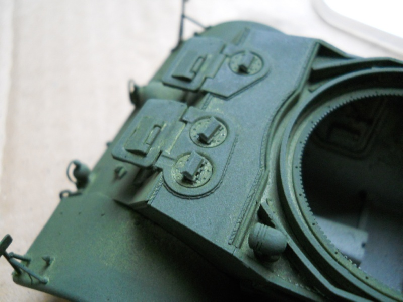 1/35 Staghound Mk III -Bronco Stag2410