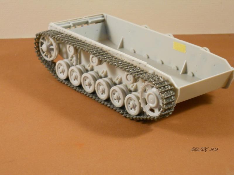 Stug III AusF F , 1/35 Dragon - Page 2 Stg3f017