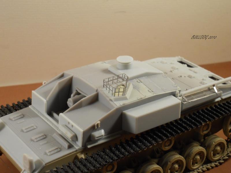 Stug III AusF F , 1/35 Dragon - Page 5 Stg3f031