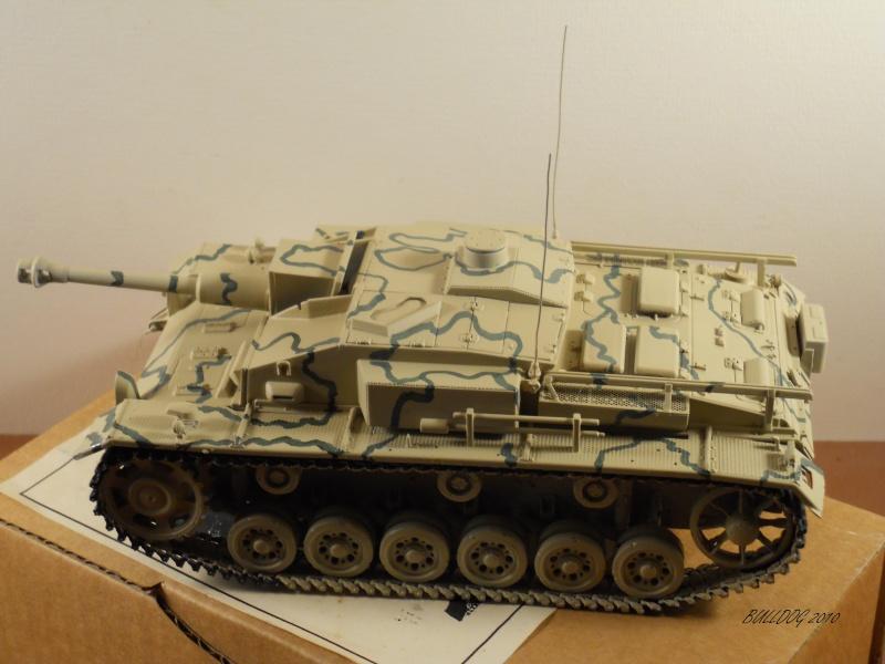 Stug III AusF F , 1/35 Dragon - Page 6 Stg3f036