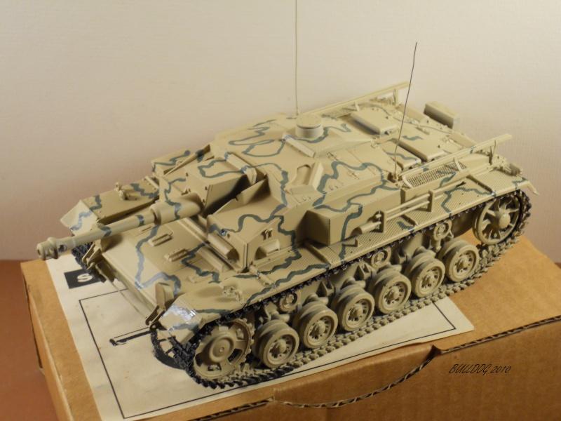 Stug III AusF F , 1/35 Dragon - Page 6 Stg3f037