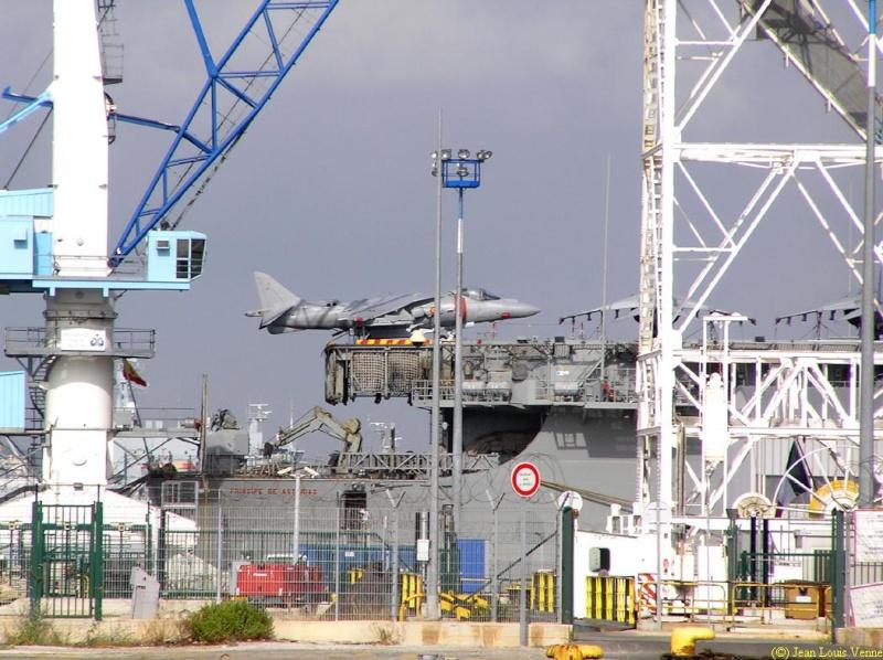 Les news en images du port de TOULON - Page 34 Rade1126