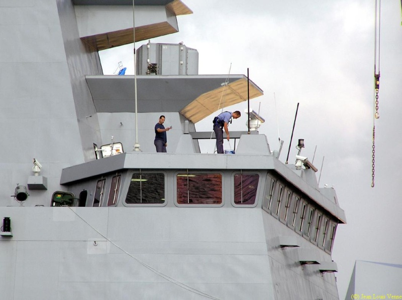 Les news en images du port de TOULON - Page 34 Rade1128