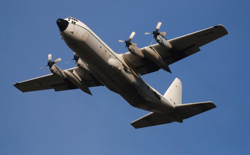 طائرة النقل سى-130 هرقل  CC-130 Hercules Ghj6210