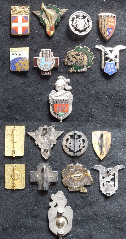 Petit lot d'insignes divers -ALPINS-MAI2 (VENDU) Lot_in12