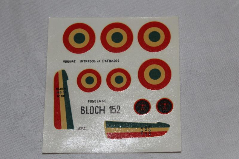 BLOCH MB 152 1/72ème Réf 80211 Img_1146