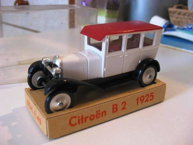 """Citroën : """"Et Dieu créa les MINIALUXE"""" 230"""