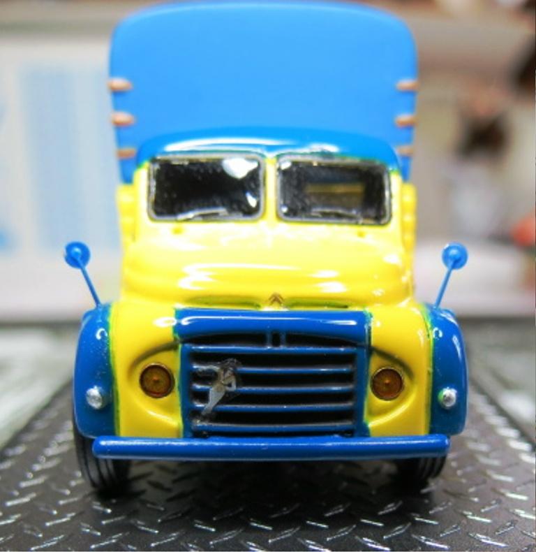 1/87 - Les camions et utilitaires  Img_1811