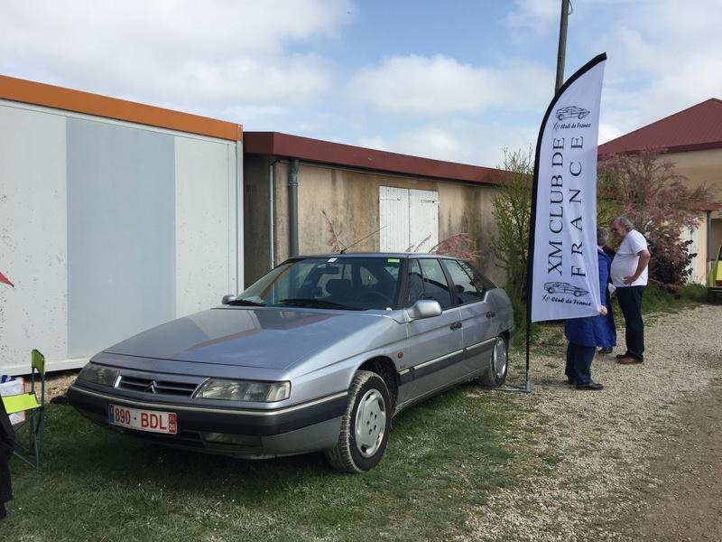 Rétro-Puces Auto Moto à Châlons-en-Champagne 1c6e8810