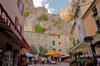 """Sortie """"les Alpes de Haute Provence à Castellane"""" weekend 1er Mai 2018 Villa_11"""