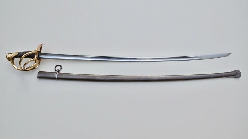 Un sabre d'officier de cavalerie de ligne modèle 1822 Dsc_7612