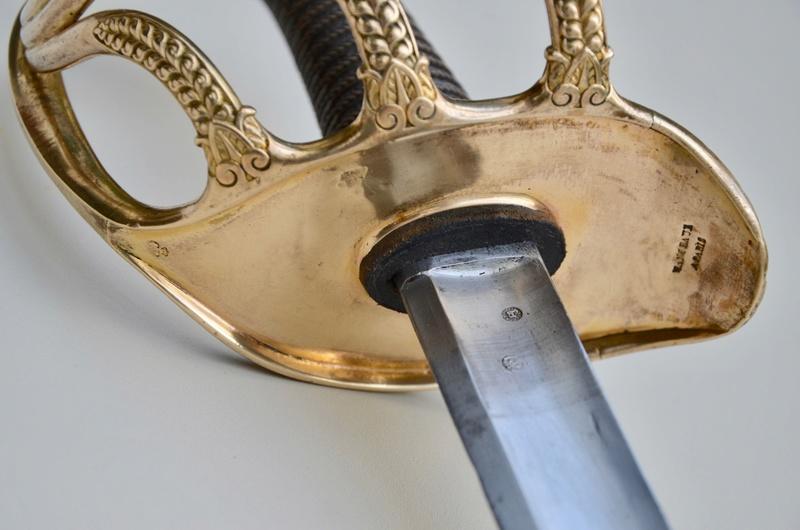 Un sabre d'officier de cavalerie de ligne modèle 1822 Dsc_7616