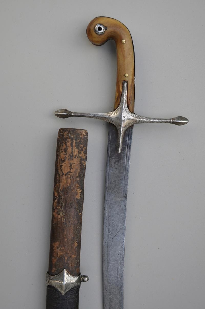 Sabre ottoman Fulls137