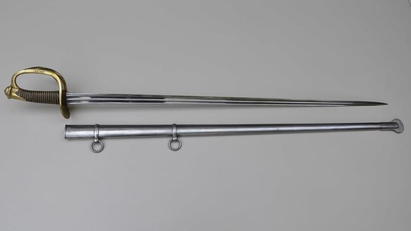 Sabre 1882 de cuirassier pourvu d'une lame de 54/82 de carabinier Fulls155