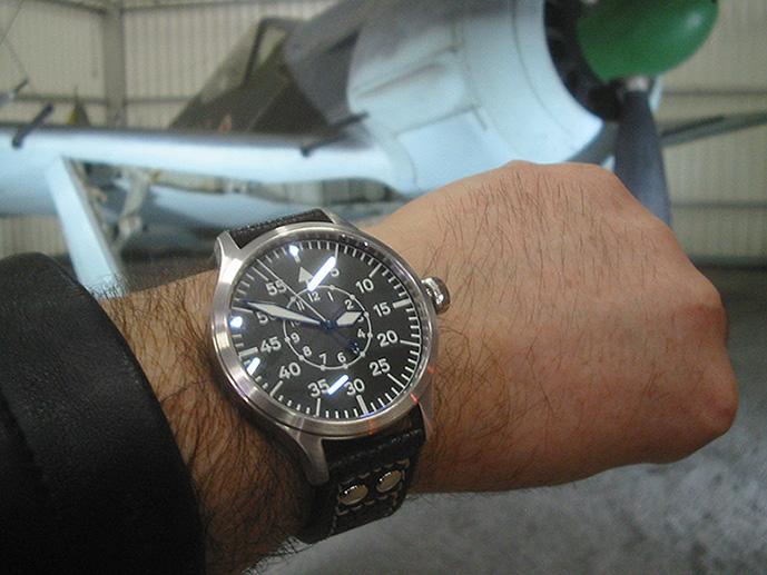 Feu de vos montres à aiguilles bleues Steinh14