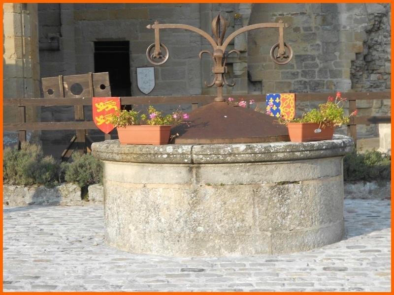 Allier (03) Bourbon l'Archambault / puits du château Dscn0313