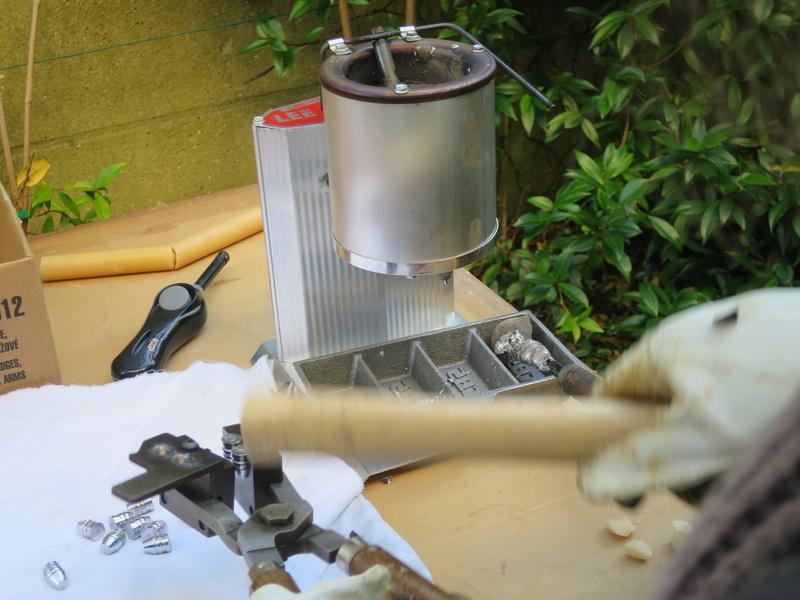 Mise en service d'un moule à balles neuf Img_2210