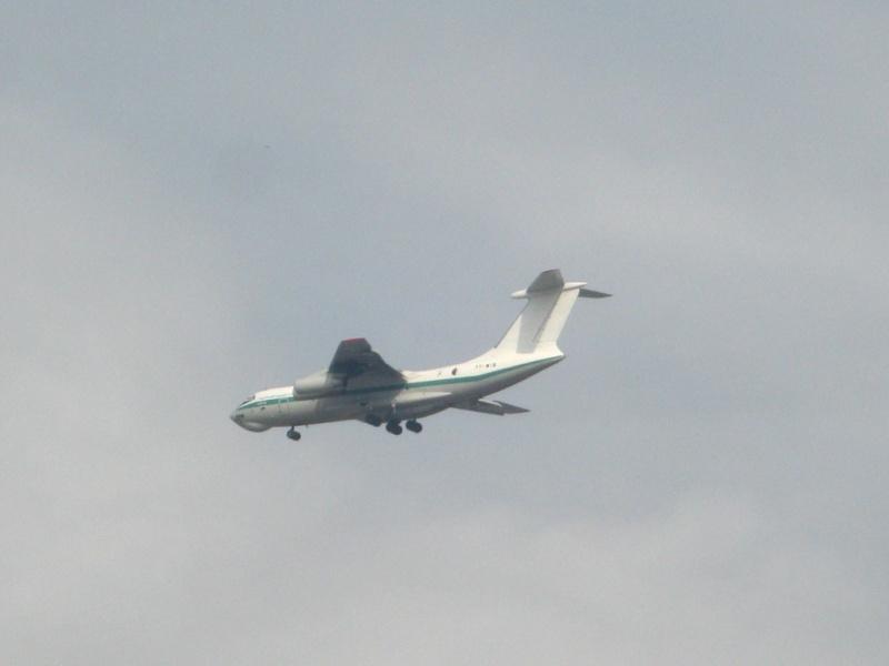 طائرة النقل والتزود بالوقود Il76/78 - صفحة 2 Img_0020