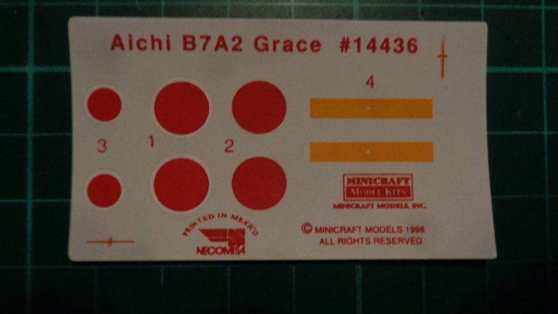 "[MINICRAFT] Aichi B7 A2 Ryusei ""GRACE"" Réf 14436 1/144ème Dsc03129"