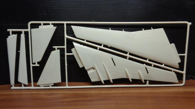 [REVELL] BOEING 747 & Navette SPATIAL 1/144ème  Réf H-177 Dsc03522