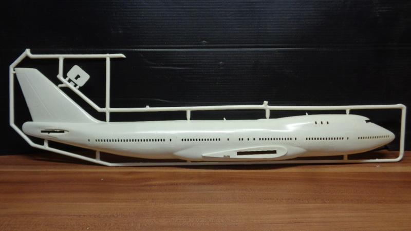 [REVELL] BOEING 747 & Navette SPATIAL 1/144ème  Réf H-177 Dsc03532