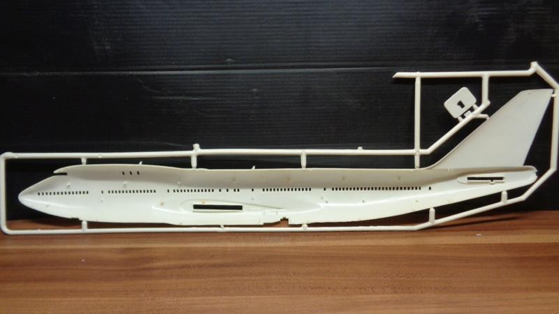 [REVELL] BOEING 747 & Navette SPATIAL 1/144ème  Réf H-177 Dsc03533