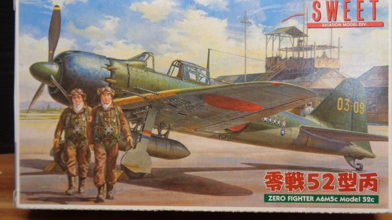 Mitsubichi ZERO A6M5c Model 52 c SWEET 1/144 Dsc03610