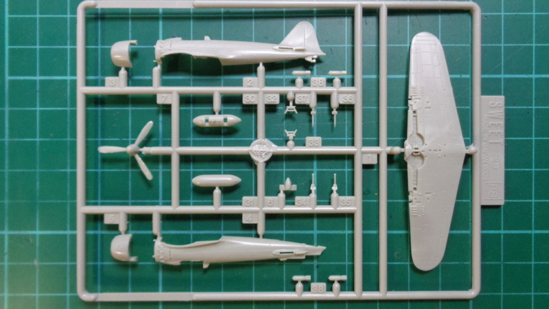 Mitsubichi ZERO A6M5c Model 52 c SWEET 1/144 Dsc03619