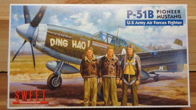 [SWEET] NORTH AMERICAN P 51 B MUSTANG 1/144ème Réf 14116 Dsc04020