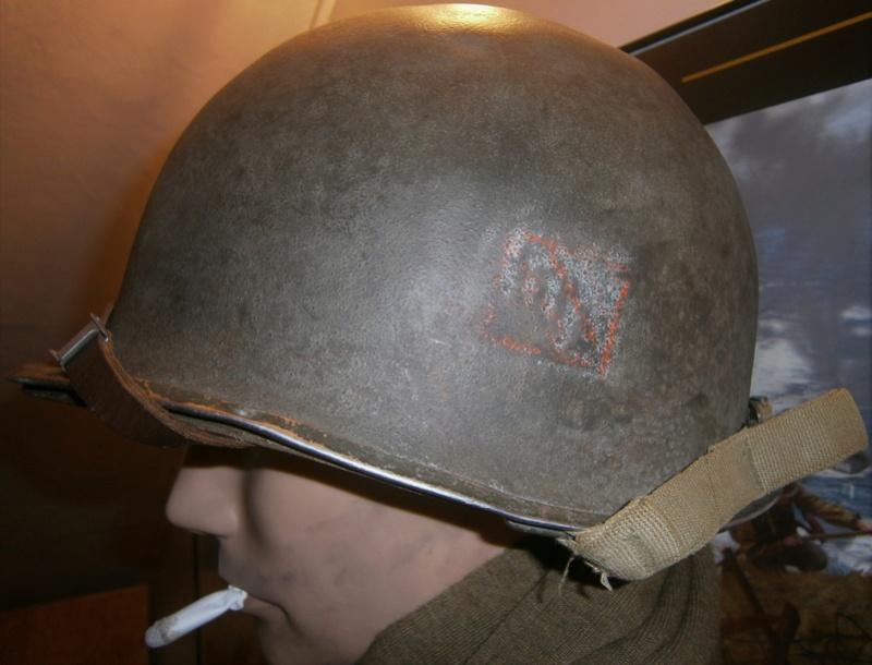 identification insigne casque us  P1100016