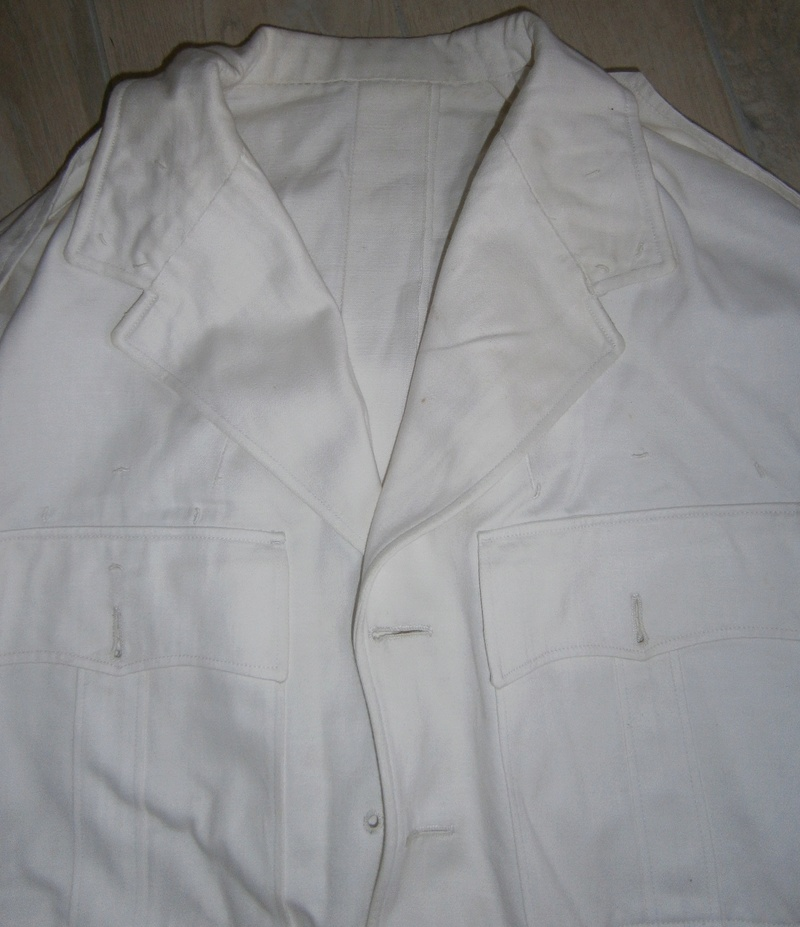 veste et pantalon blanc  P1200015