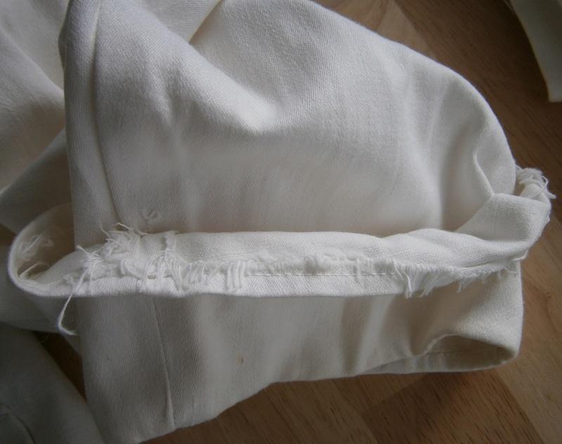 veste et pantalon blanc  Suite_11
