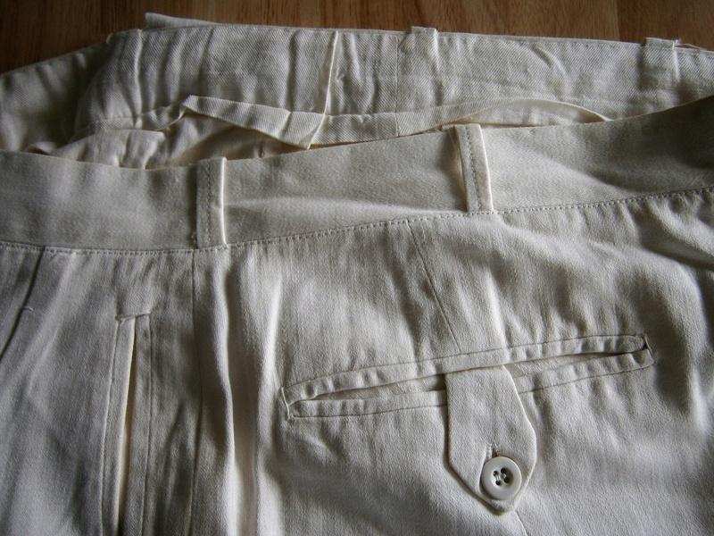 veste et pantalon blanc  Suite_17
