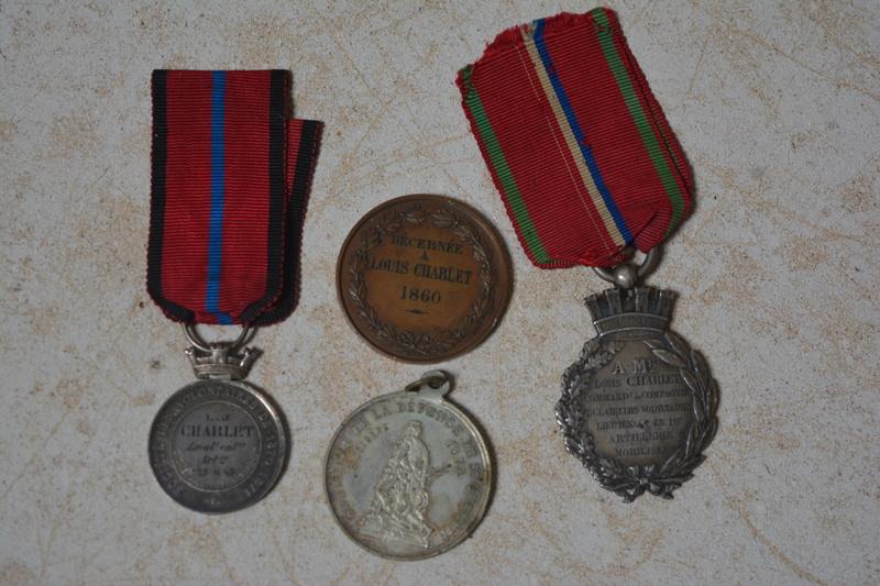 ensemble de medaille de la defense de St quentin Dsc_0113